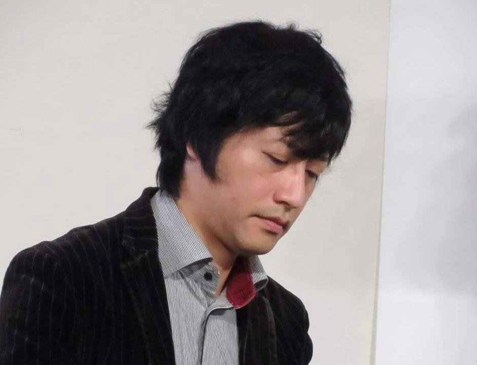 木須康一 ピアノ・ストリートライブ【会場変更:港まちポットラックビル】